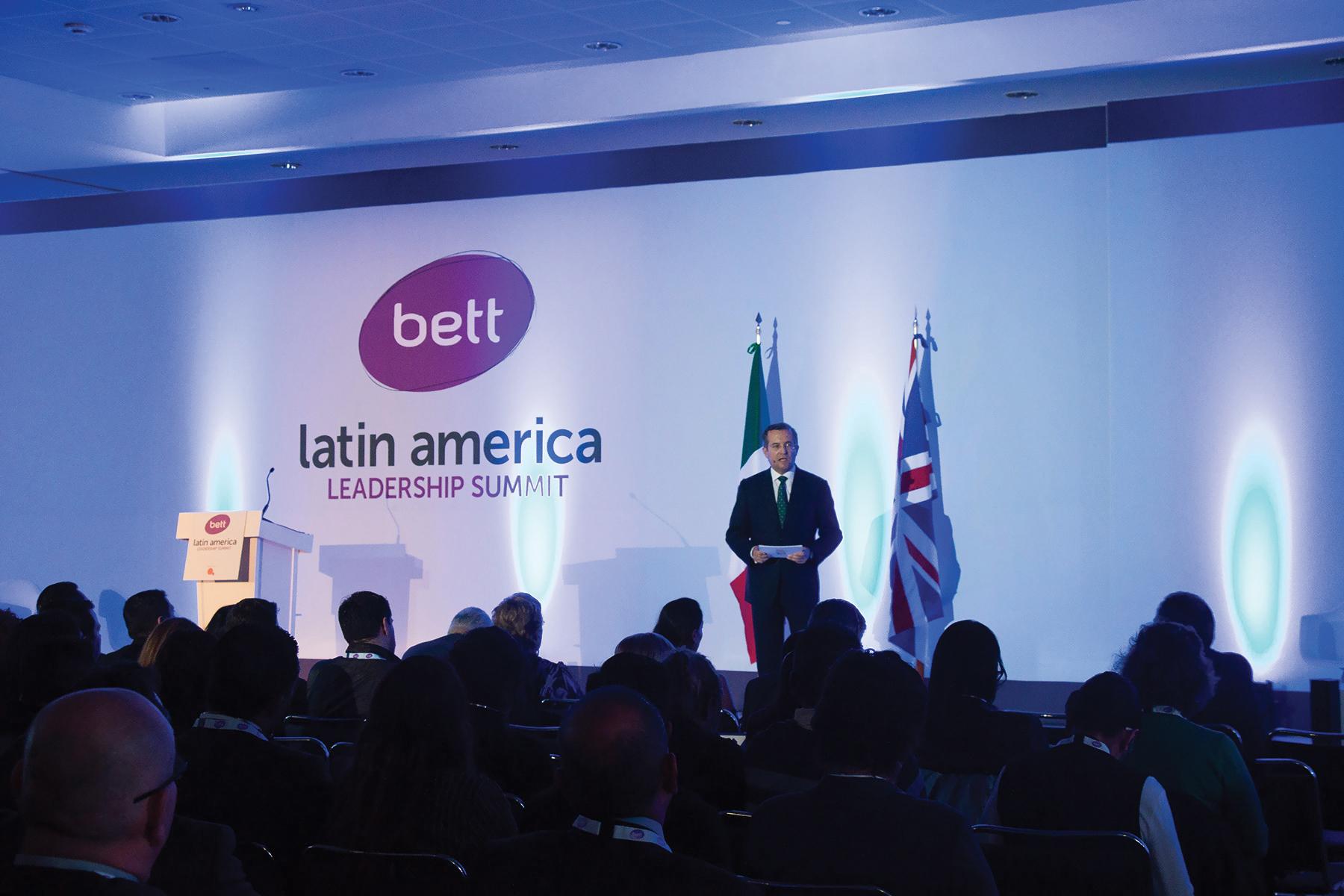 Ponencia de Educaline en la conferencia Bett Latinoamérica 2015. EL maestro como protagonista del cambio